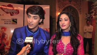 Repeat youtube video Kinshuk Vaidya aka Sanju of Shakalaka Boom Boom & Shivya Pathania talks about Ek Rishta Sanjedari ka