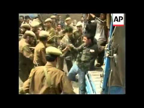 Clashes at Kashmir protests, plus bomb kills 2