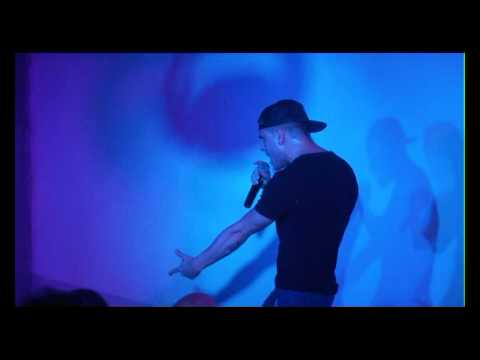 Lo Show Di Adrian Rodriguez Al FRAU (Parte I)
