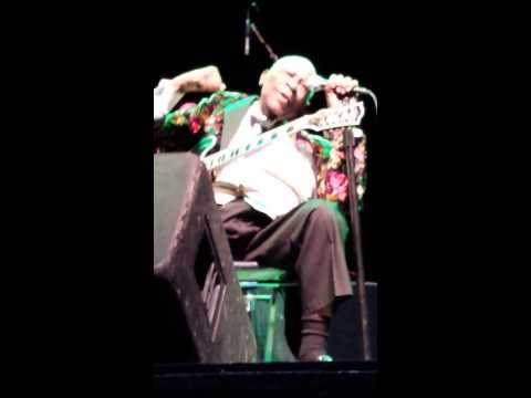 Snippet of BB King and his band