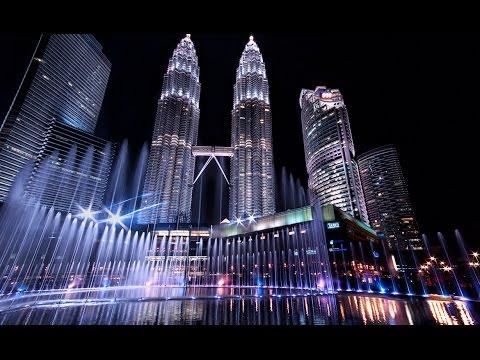 KLCC Malaysia Water Park - 1 Malaysia Theme Song (Satu Malaysia) Musical fountaion by Artis Malaysia