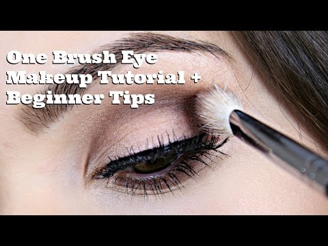 Beginner Tips: One Brush Eye Makeup Tutorial