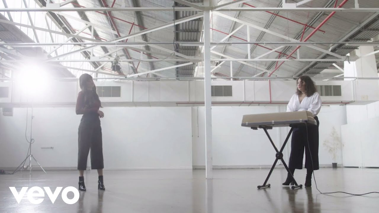 Odette – A Place That I Don't Know (Grey Ghost Session) ft. Gretta Ray
