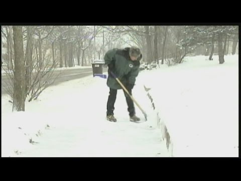 The risk that shoveling snow poses to your heart