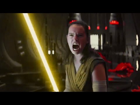 Rey Using A Yellow Lightsaber (Throne Room Scene)