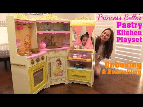 Beauty & The Beast Disney Princess Belle Pastry Kitchen Playset Unboxing. A Cooking Playset
