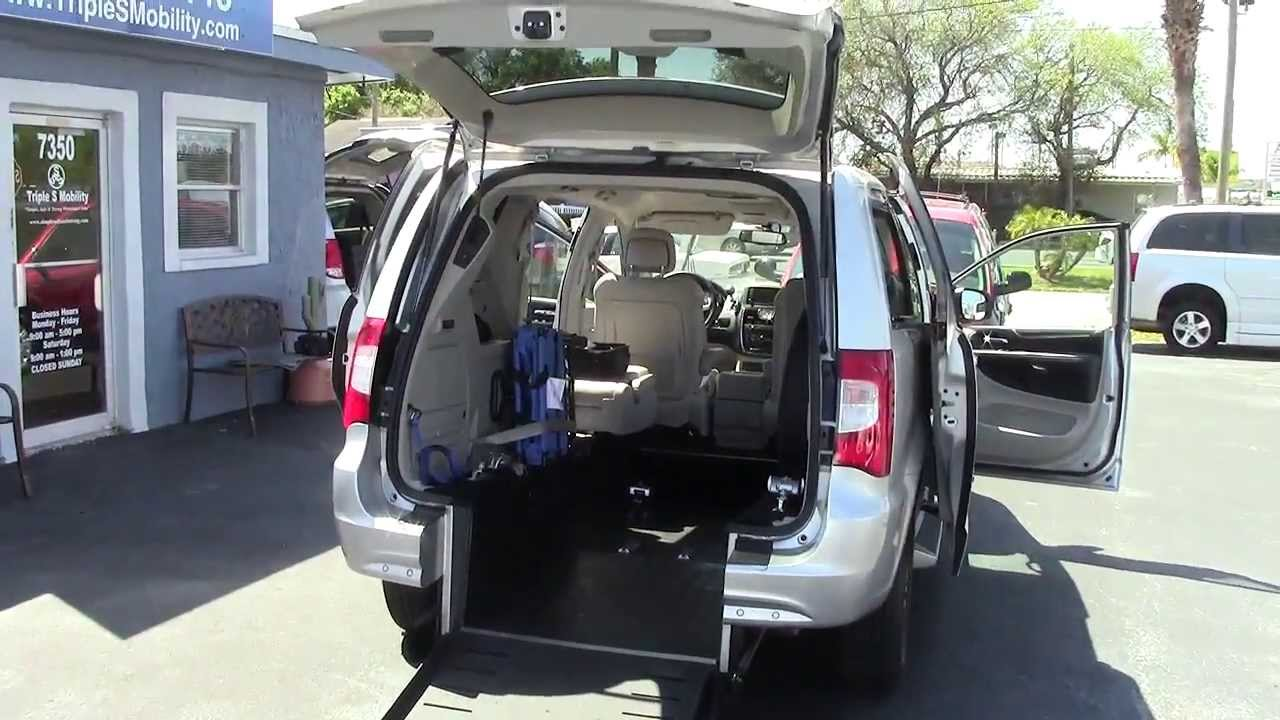 2011 chrysler town country rear entry handicap accessible van youtube