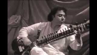 Download Irshad KHAN Sitar MP3 song and Music Video