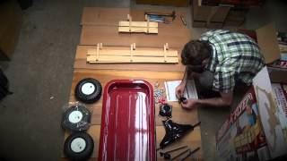 Radio Flyer How-to Wagon Building Video...