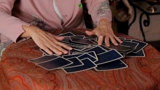 How to Shuffle & Cut   Tarot Cards