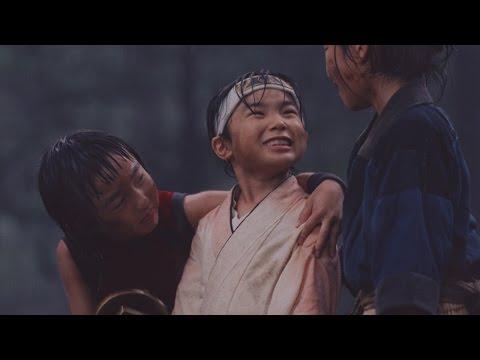 幼少期の三太郎が再び登場し、豪雨の中で特訓 au三太郎シリーズ新CM「本当のスター」篇