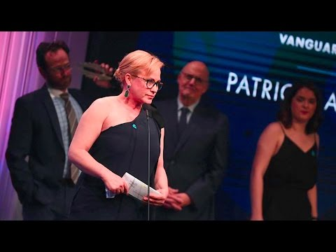 Patricia Arquette Remembers Sister Alexis l 28th Annual GLAAD Media Awards