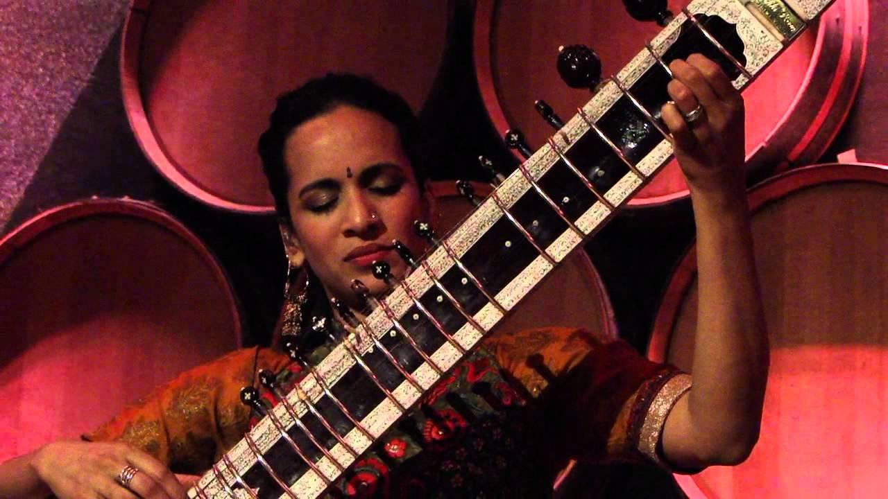 anoushka-shankar-boy-meets-girl-live-new-york-2012-roberto-poletto