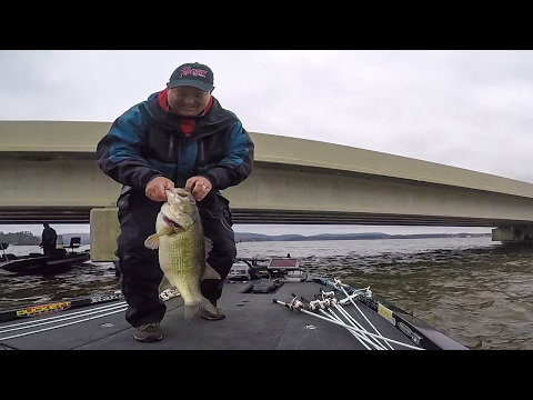 Jay Kendrick Lands Two Giant Bass on Lake Guntersville