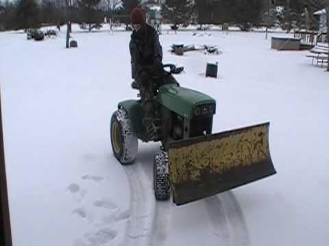 SNOW PLOW FOR JOHN DEERE X595 COMPARISON | FunnyCat.TV