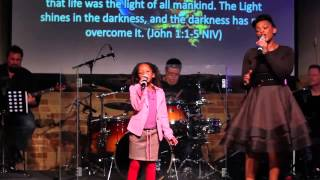 """Mum & Daughter Singing """"The Blood will never lose it"""