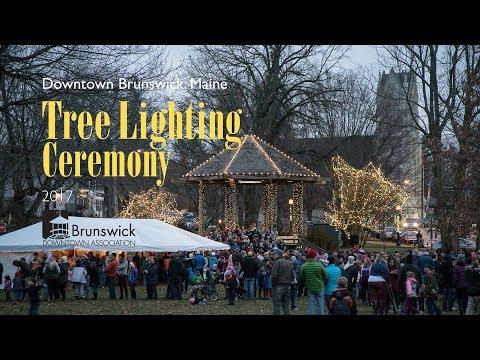 Brunswick Maine Annual Christmas Tree Lighting Ceremony 2017