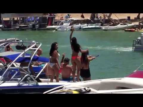 LAKE HAVASU MEMORIAL WEEKEND 2015 PARTY IN THE CHANNEL
