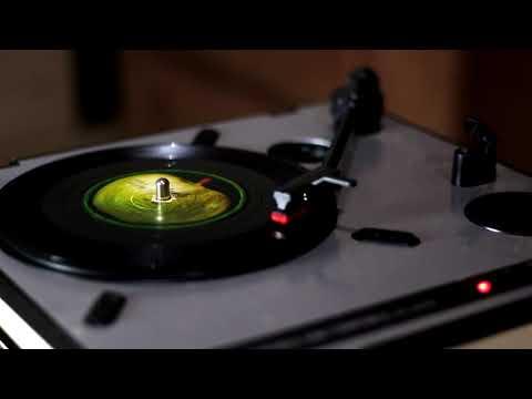Vinyl Showdown - Get Back (The Beatles)