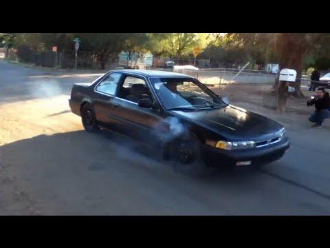 90 Honda Accord F22 Burnout