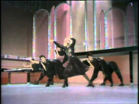 Ballo ballo Raffaella Carrà sigla di Fantastico 3 1982
