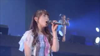 メンバーカラーが紫系と青系のメンバー5人ずつによる初恋サイダーです.