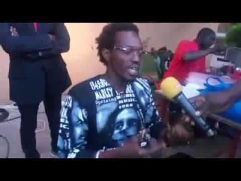 RAS BATH AU MICRO DE AFRICABLE TÉLÉVISION