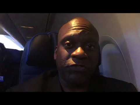 On United Airlines B737-800 SFO To ATL Halloween Friday Night