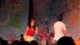 "[07 12 2012] Ice Sarunyu live ""Kon Jai Ngai"" at MBK Bangkok"