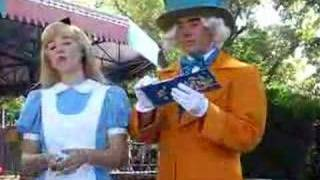 alice and mad hatter at mk disney world