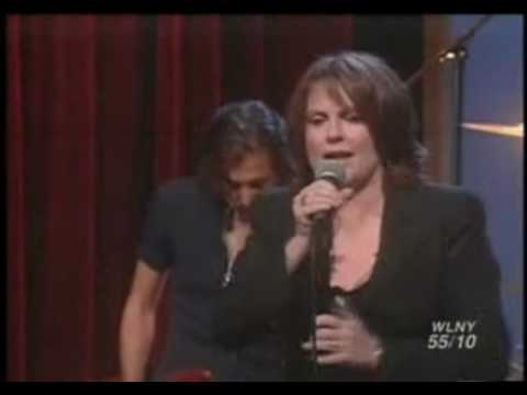 MEGAN MULLALLY - Performing Fancy on Ellen (10-09-2003)