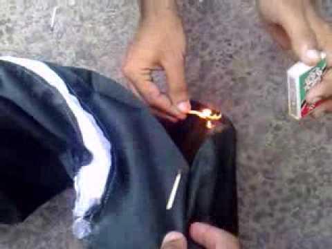 baloch people burn pakistani flag in pakistan demanding free balochistan