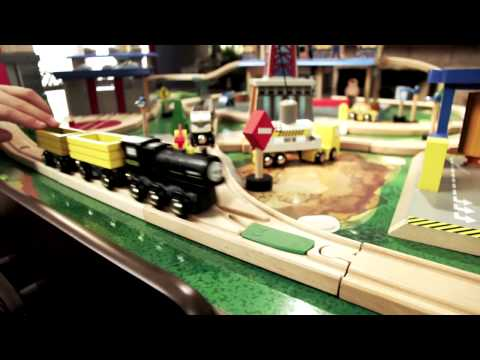 """Toys """"R"""" Us City Central Imaginarium Train Table (2011 Holiday Commercial)"""