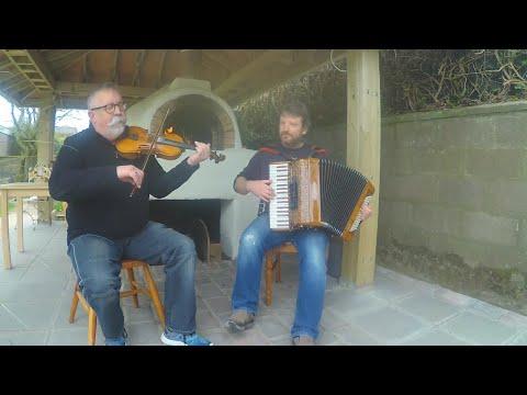 Iron Broo Dark Island Pizza - Pizza sessions - Accordion / Fiddle Duo