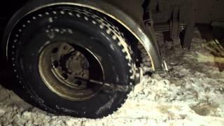 видео Помогают ли цепи противоскольжения на грузовиках