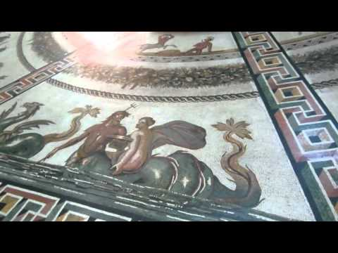 Vatican Museum Tour in Italy with Roman Sculptures