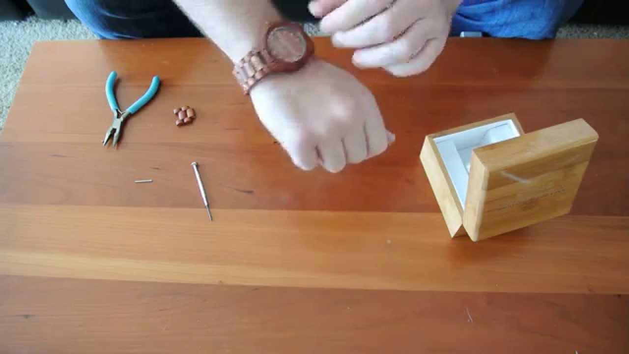 How To Remove Links On A Wooden Watch That Has Screws From