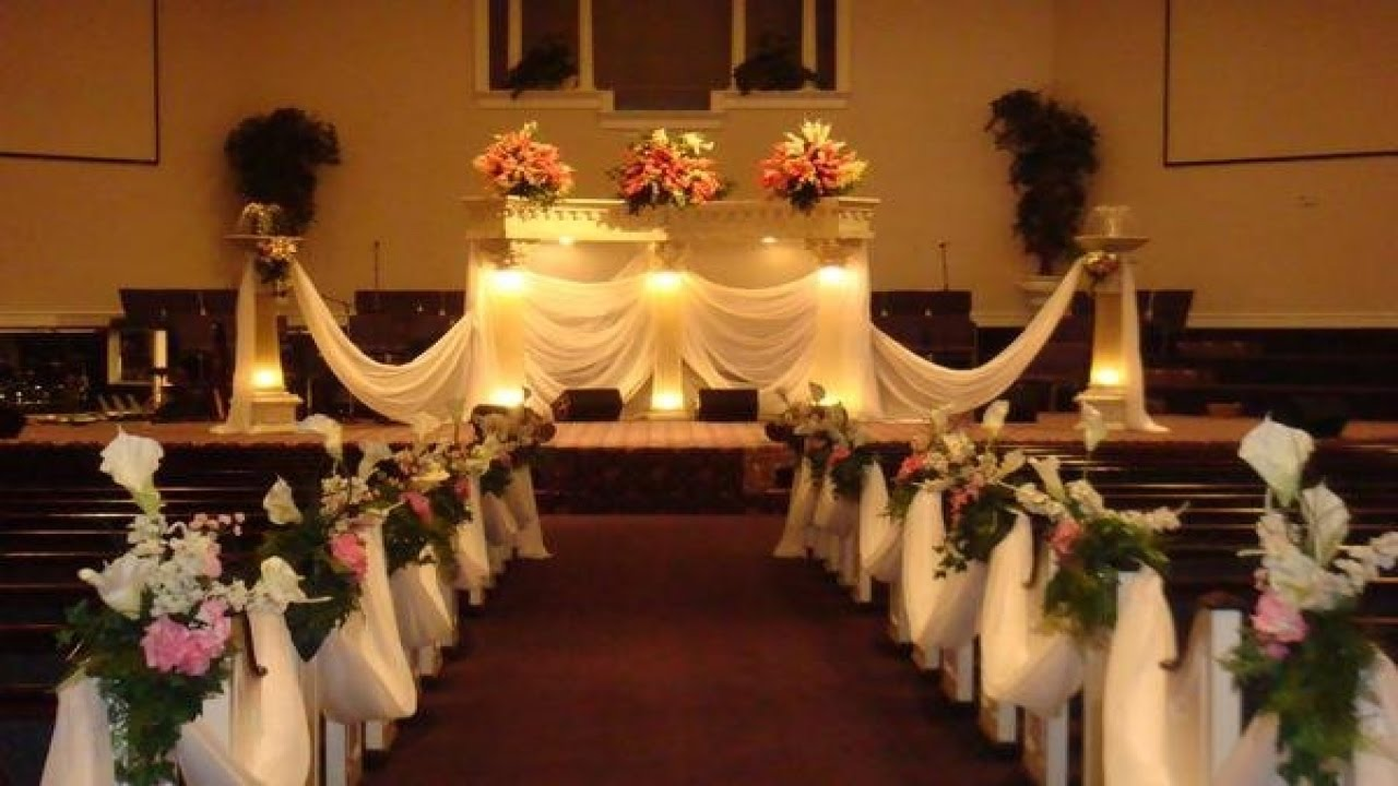 Easy DIY Wedding Pew Decorations