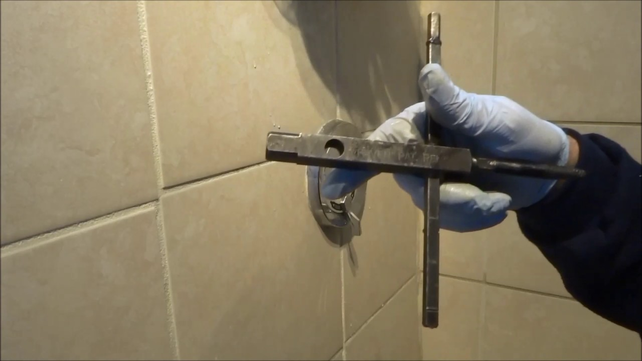 tub / shower valve leaking hot water bad