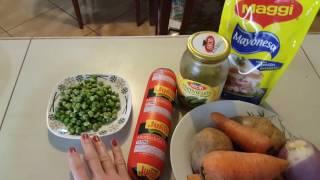 Preparamos la ensalada rusa / Готовим
