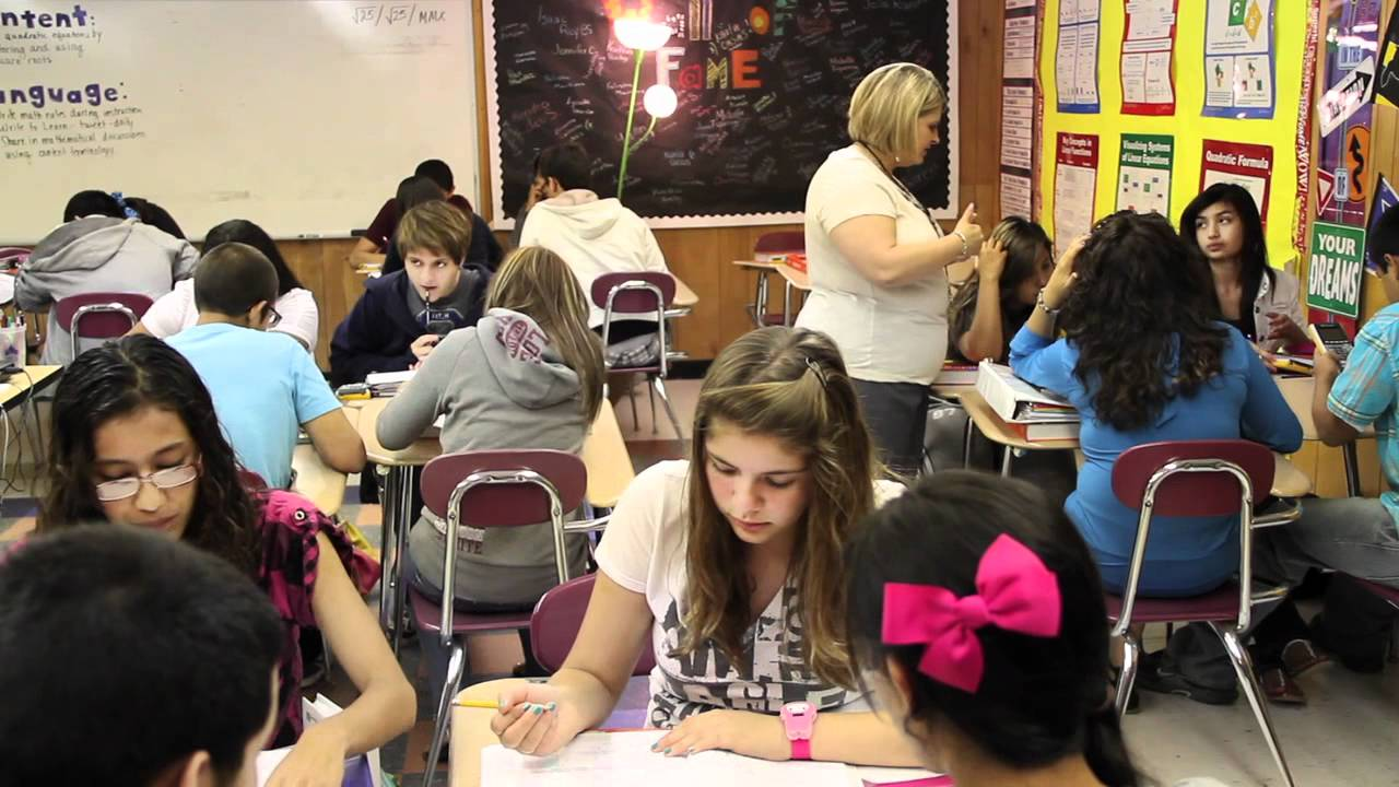 comparing and contrasting regular high school with early college high school Are you ready to get your college degree or should you get work experience after high school lacking a college degree does demands of a regular.