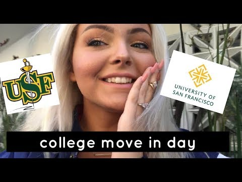 College Move In Day  /  The University of San Francisco