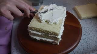 Fantastic Floral Buttercream Cakes : Building