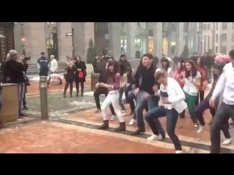 Marriage Proposal Flashmob, Yerevan, North Avenue (Original)