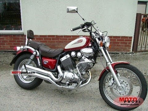 Oil And Filter Change On A Yamaha Virago 750 1995