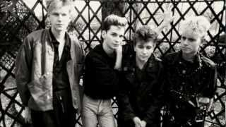 Depeche Mode Lie To Me Lyrics