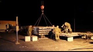 Погрузка в транспортный самолет гуманитарного груза для сброса в районе ДЕЙР-ЭЗ-ЗОР(, 2016-01-15T15:37:34.000Z)