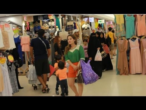 Platinum Fashion Mall Clothing Wholesale Bangkok Thailand HD