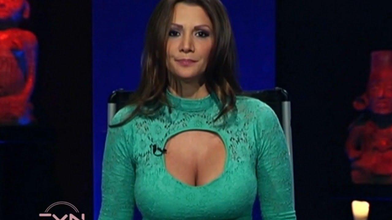 Presentadora de tv azteca - 1 4