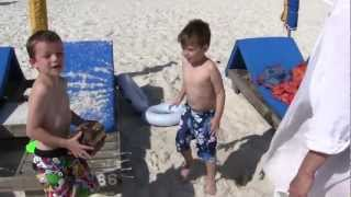 Alex And E.j. Find A Treasure Chest On The Beach!!